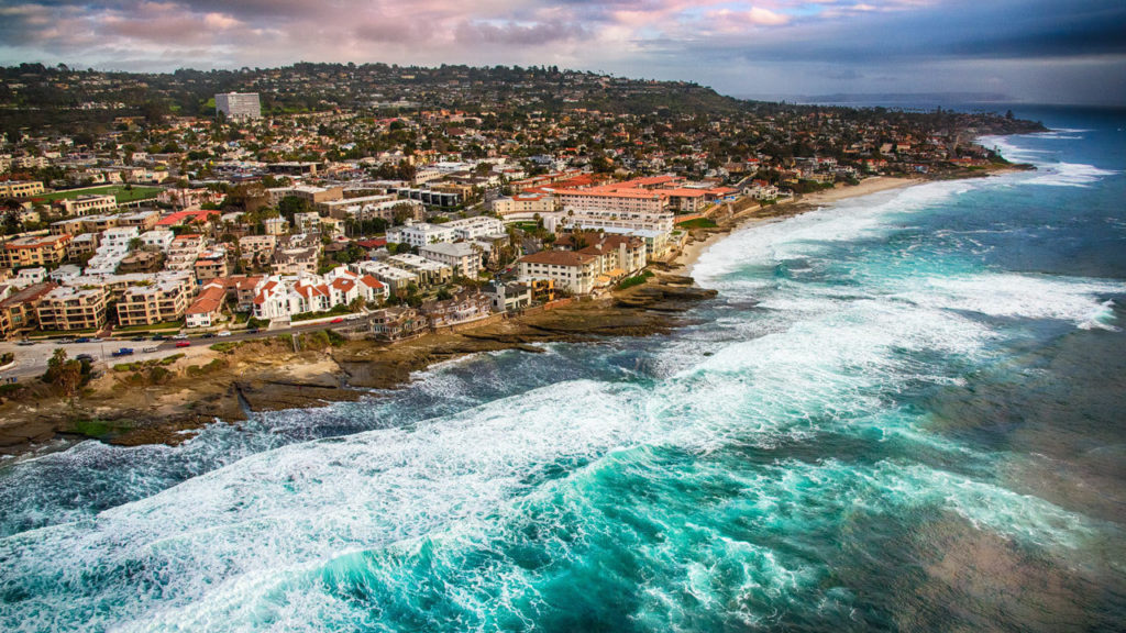 Are you heading to La Jolla, San Diego but don't know where to stay? Make sure to check out this article on the best la jolla beach hotels. Don't miss out on a view like this one.