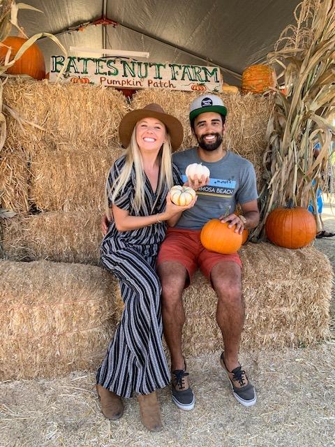 Couple at Bates Nut Farm pumpkin patch