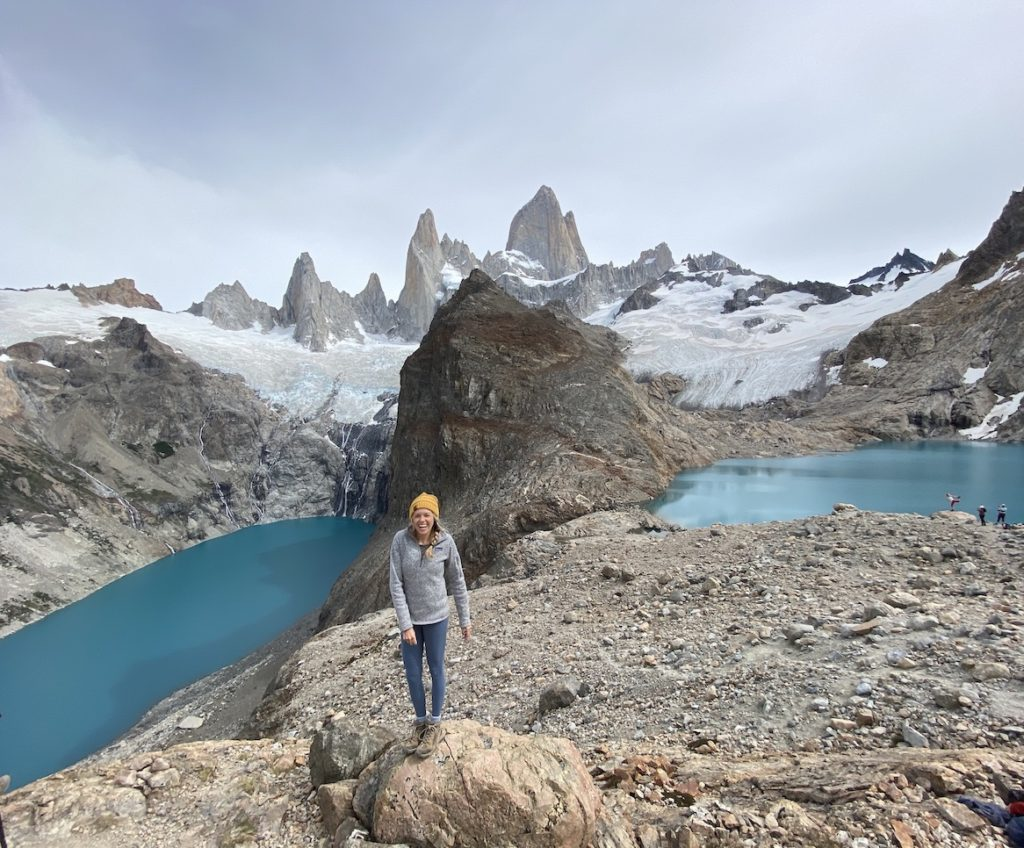 Hiking trail up to Mount Fitz Roy