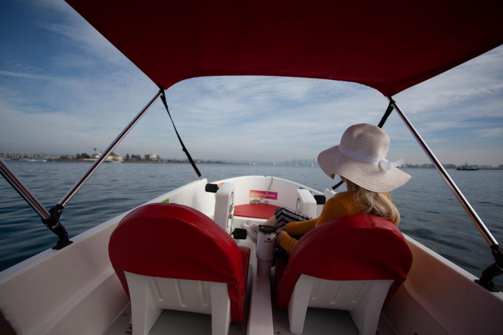 San Diego date ideas: Eco-Boat rental