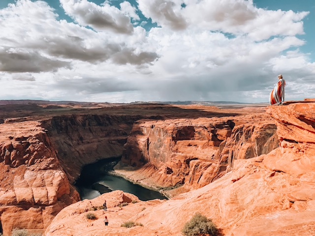 Another thing to add to your Sedona travel guide is Horseshoe bend pictured here